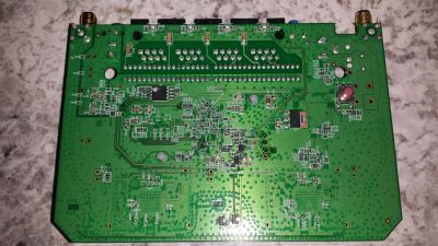 Linksys RE6500 PCB bottom side